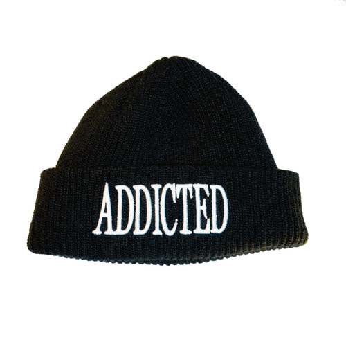 ADDICTED SHORT BEANIE